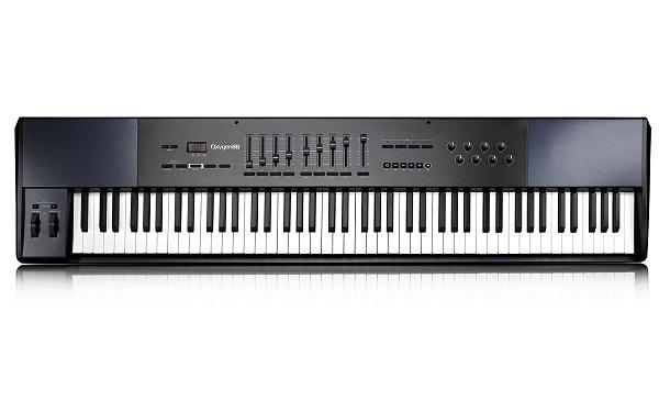 Master Keyboard USB e MIDI ad 88 tasti, OXYGEN 88