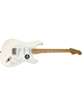 American Standard Stratocaster®, Maple Fingerboard, Olympic White