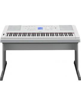 YAMAHA DGX660 WHITE Pianoforte digitale con ritrmi 88 tasti pesati