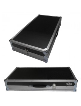 Base microfonica predisposta per essere wireless o cablata, con aggiunta del trasmettitore e del ricevitore. Interruttore on/off